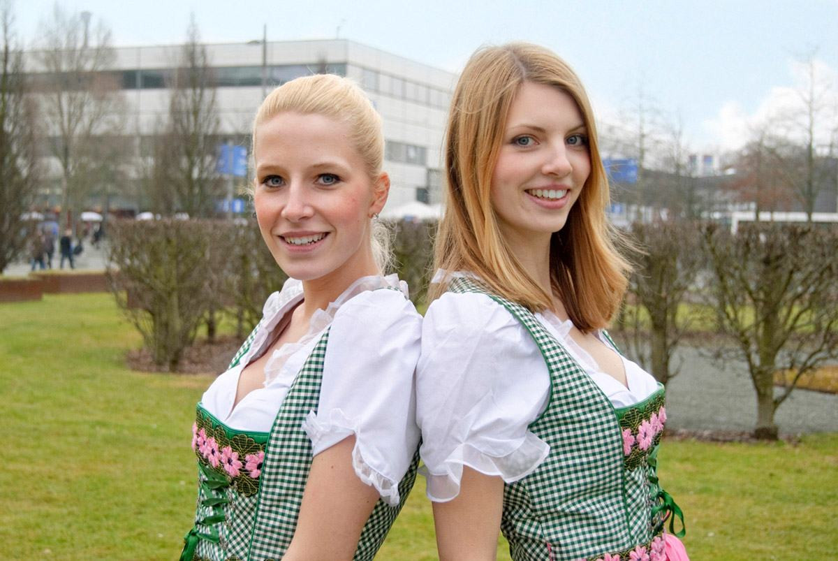 Dirndl Promotion-Hostessen